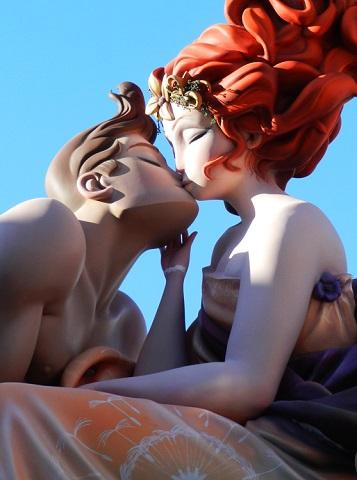 Como encontrar solteros y contactos en Valencia Sin Pagar: ¡Te lo Mostramos!