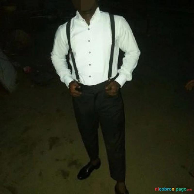 ▷ PASION COM Hombre negro elegante